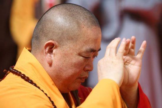 图为5月30日,河南少林寺,释永信加入第五届国家佛医顶峰论坛。