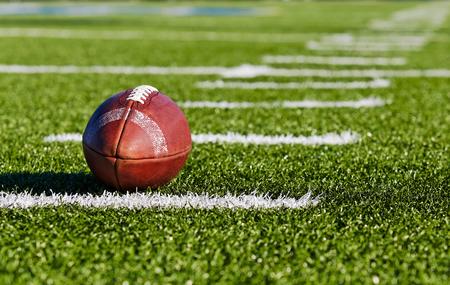 美式橄榄球运动的起源及历史