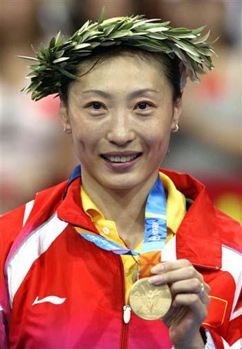 图文-雅典奥运(28届)中国金牌榜 老将张宁完成涅磐