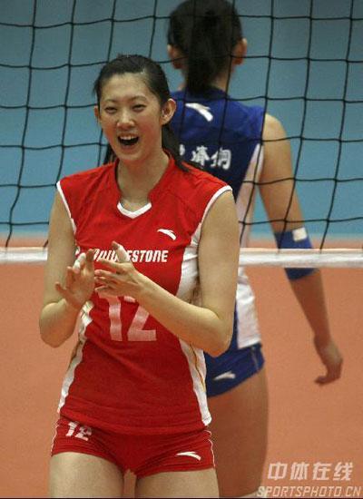 图文-女排联赛第14轮天津3-0山东 薛明笑逐颜