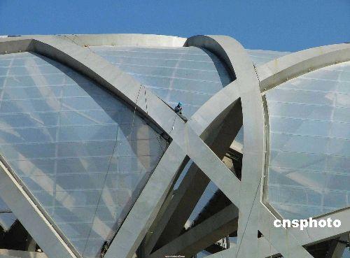 图文-鸟巢最新建设进展 外层膜结构基本完成
