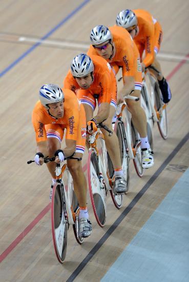 图文-自行车世界杯精彩赛况兄弟们别放弃加油啊