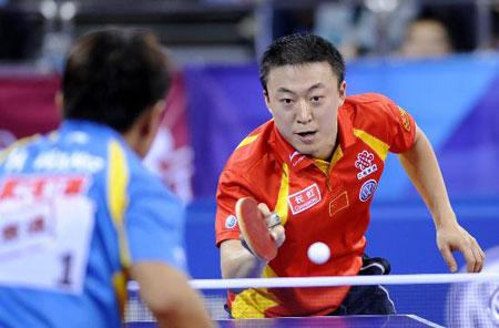 图文-乒联总决赛男单马琳二度捧杯马琳网前斗小球