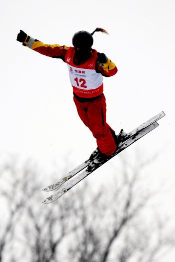 图文-自由式滑雪世界杯李妮娜摘银好似天外来客