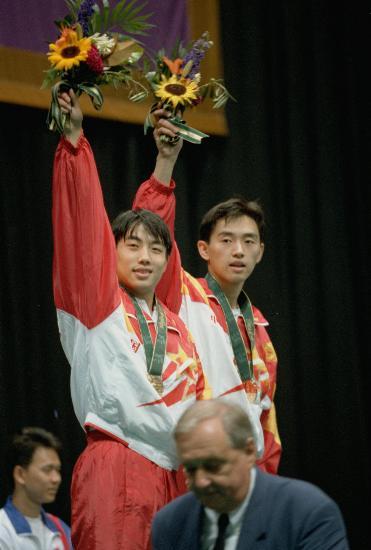 图文-中国历届夏季奥运会金牌得主 男乒黄金组合