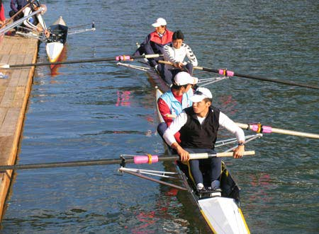 图文-中国赛艇队坝上训练 他们是中国奥运的希望