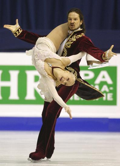 图文-欧洲花样滑冰冰舞赛况沙巴林在场上无所不能