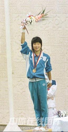 图文-跳水女子10米台奥运冠军许艳梅汉城延续辉煌