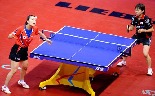 图文-[世乒赛女团]日本3-2韩国 平野早矢香虎视眈眈
