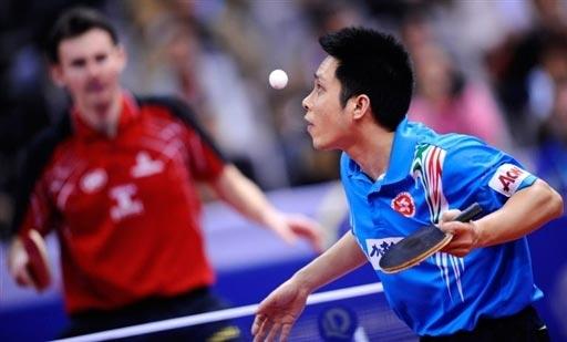 图文-男团1/4决赛中国香港3-1罗马尼亚高礼泽发球
