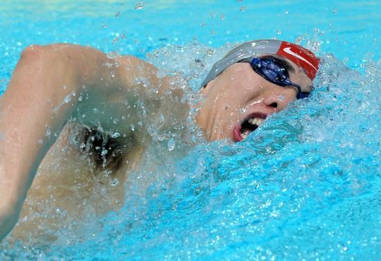 图文-全国游泳冠军赛3日预赛 陈祚打好头炮