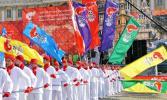 图文-奥运圣火传递在圣彼得堡举行 盛大的庆典仪式