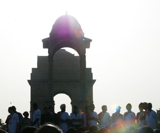 图文-北京奥运圣火在新德里传递 庄严的首都