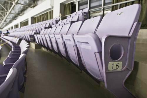 图文-北京奥运场馆巡礼 奥体中心体育馆舒适的座席