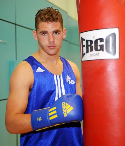 图文-英国拳击队奥运之队发布写真队员桑德斯
