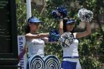 图文-北京奥运圣火在三亚传递 联想啦啦队表演