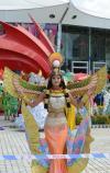 图文-北京奥运会火炬在三亚传递 美女舞蹈演员