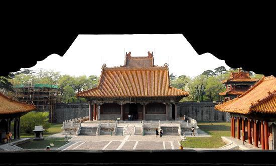 图文-北京奥运火炬传递城市之沈阳 福陵尽收眼底