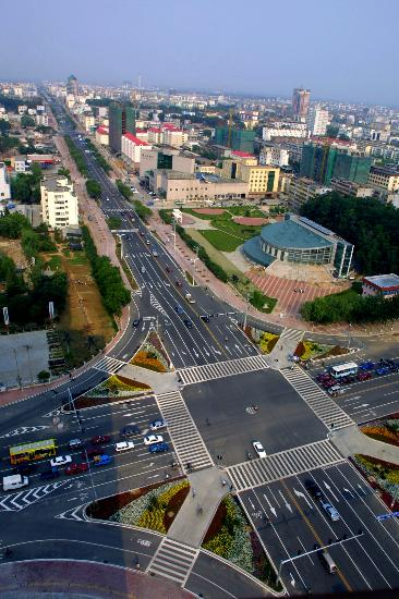 图文-奥运会协办城市秦皇岛 海港区河北大街