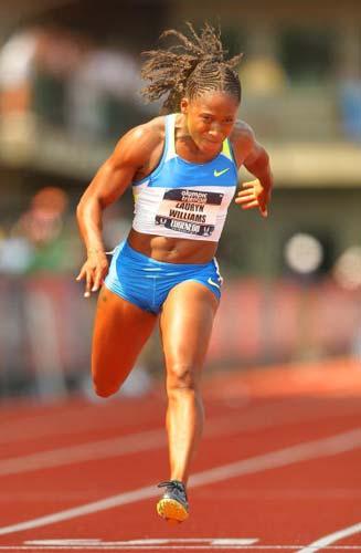 图文-美国奥运田径选拔赛第二日威廉姆斯冲过终点