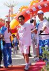 图文-奥运圣火在宁夏中卫传递 最后一棒开始传递