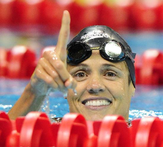 图文-美国奥运游泳选拔赛 托雷斯女人40也风光