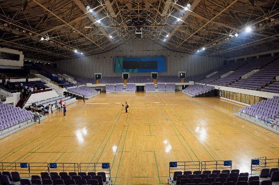 图文-改扩建后的奥体中心体育馆 内景宽敞明亮