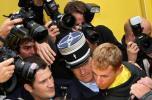 图文-环法自行车赛第12赛段结束禁药事件再次发生