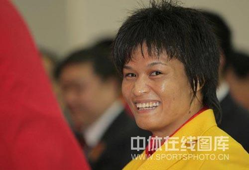 图文-北京奥运会中国代表团成立 柔道冠军冼东妹