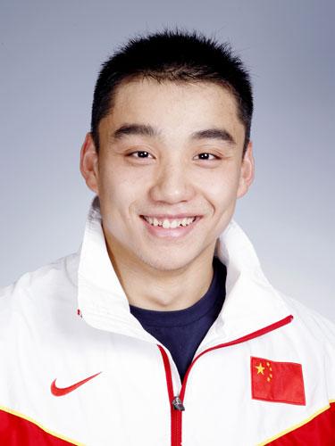 图文-北京奥运会中国代表团成立 游泳队队员石峰