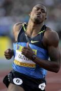 图文-2008伦敦田径超级大奖赛 110米栏冠军奥利弗