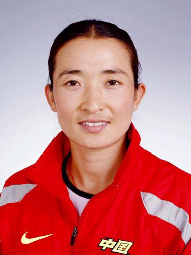 图文-北京奥运会中国代表团成立女曲队员黄俊霞