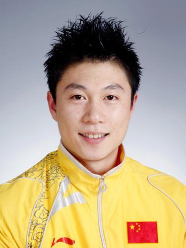 图文-北京奥运会中国代表团成立 体操队员李小鹏