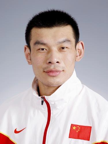 图文-北京奥运中国代表团成立 摔跤队队员刘德利