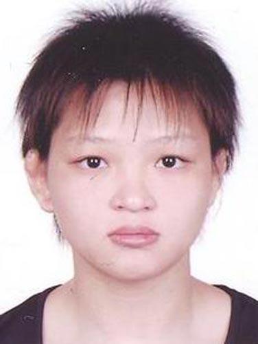 图文-北京奥运中国代表团成立 摔跤队队员黎笑媚