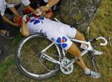 图文-2008环法大赛精彩回顾受伤却在所难免