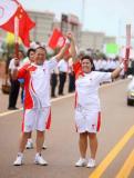 图文-奥运圣火在河北唐山传递 火炬手米歇尔