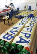 图文-青岛奥帆赛丈量工作开始进行 标志摆放整齐