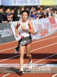 图文-08年北京国际马拉松赛赛况白雪成为女子冠军