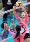 图文-女排联赛天津3-0山东魏秋月比赛中传球