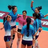 图文-全国女排联赛天津队成就第六冠团结的力量