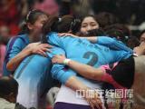 图文-女排联赛天津第六次夺冠一路走来很艰辛