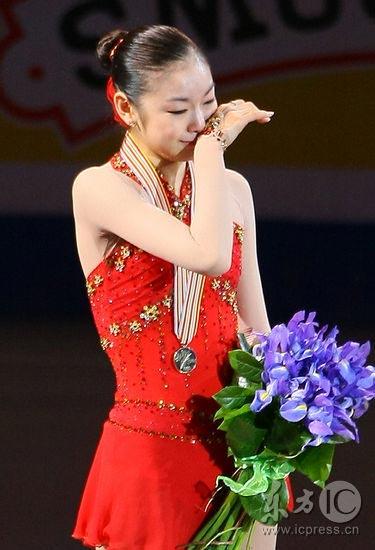 图文-花滑世锦赛金妍儿女单首次折桂泪水见证胜利
