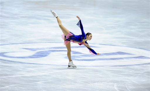 图文-花滑世锦赛团体赛首日安藤美姬雪白色炫舞