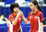 图文-美国华裔新星闪耀世乒赛小选手们庆祝得分