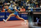 图文-世乒赛男单马琳4-3松平健太马琳救球狼狈至此