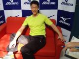图文-乒乓球队拍摄宣传照花絮王励勤显得越发青春