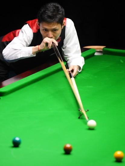 图文-第25届斯诺克亚锦赛中国选手梅希文获亚军