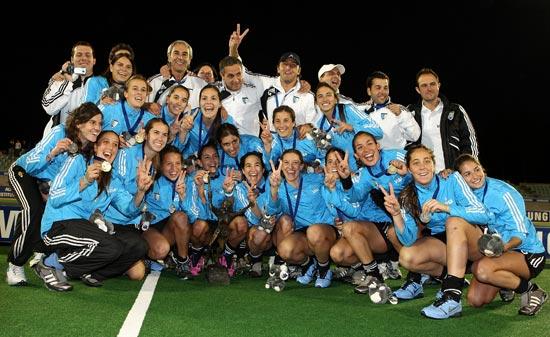 图文-女曲冠军杯阿根廷成功卫冕全是胜利的小兔子