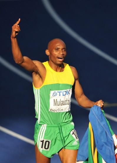 图文-田径世锦赛男子800米决赛穆劳德兹庆祝胜利